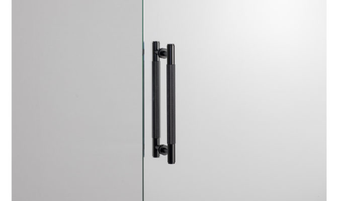 PULL BAR / DOUBLE-SIDED / BLACK Product Image