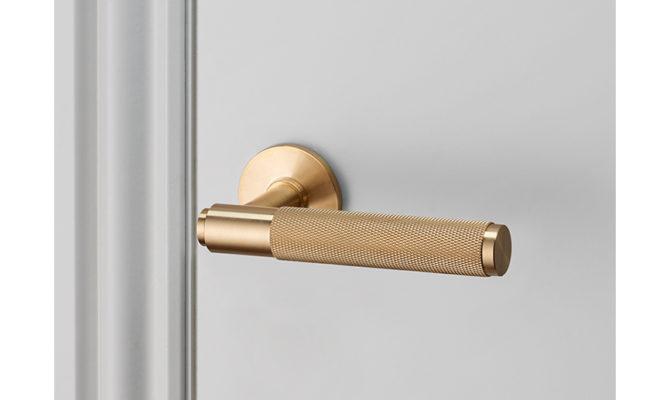 DOOR LEVER HANDLE / BRASS Product Image