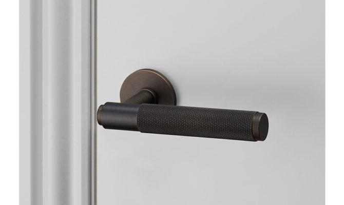 DOOR LEVER HANDLE / SMOKED BRONZE Product Image