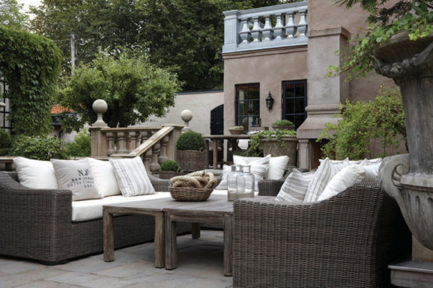 Artwood outdoor furniture Image