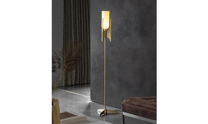 Pennon Floor Lamp Brass Product Image