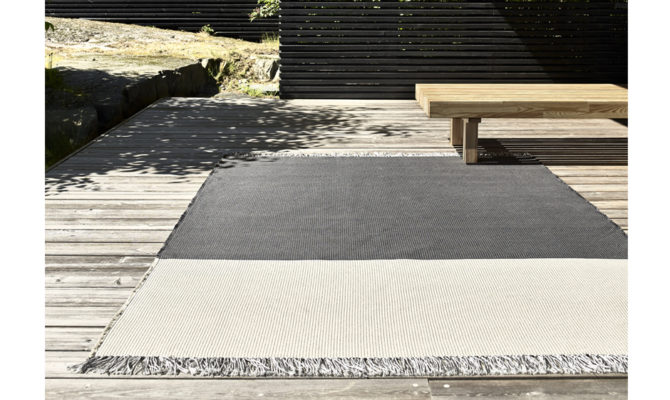Outdoor Carpet – POND Product Image