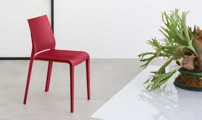 Riga Chair Product Image