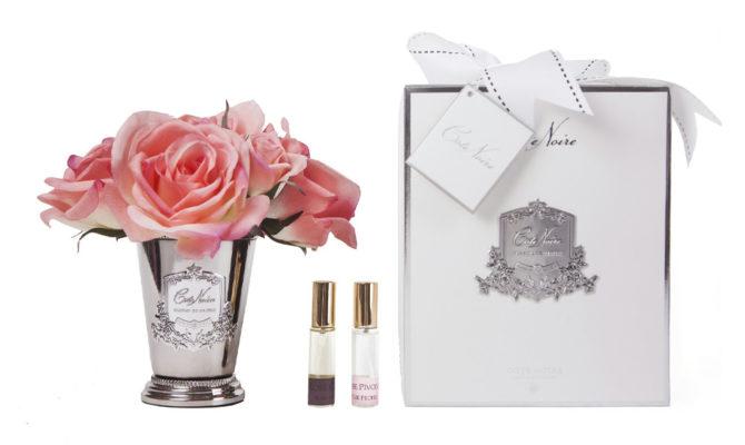 CÔTE NOIRE – SEVEN ROSE BOUQUET IN WHITE PEACH Product Image