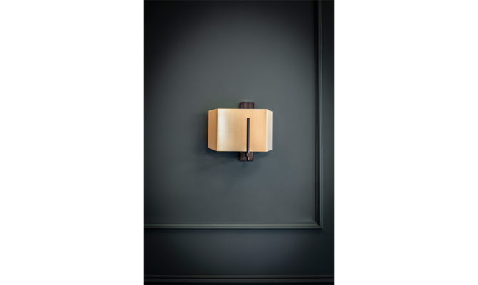 AEGIS WALL LIGHT / BRONZED BRASS & BRASS / RIGHT Product Image