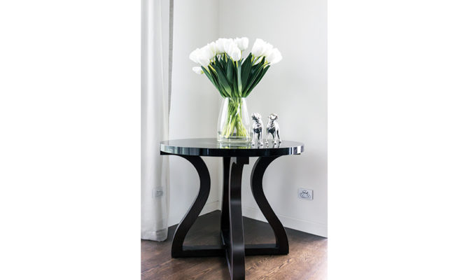 Bordeaux Entry Table Product Image