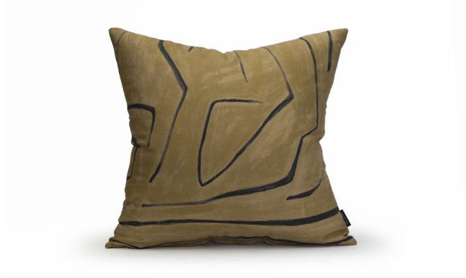 LEE JOFA GRAFFITO LINEN/JAVA – Cushion Product Image