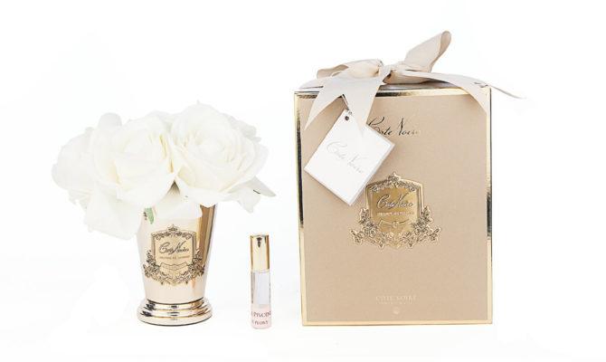 CÔTE NOIRE – SEVEN ROSE BOUQUET IN CHAMPAGNE – GOLD GOBLET Product Image