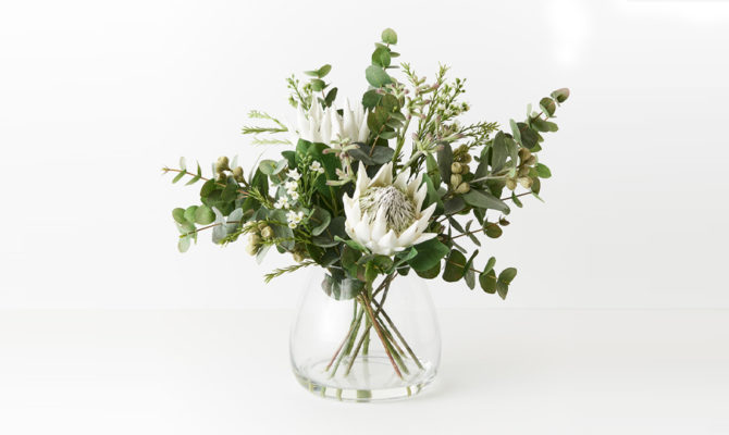 Protea King Mix in Vase / Large – White Product Image