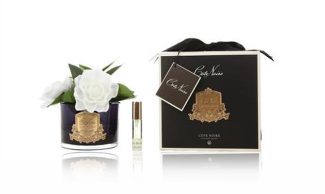 Côte Noire – Triple Gardenias in Black Glass Product Image