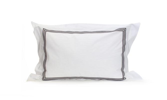 TRIPLE SATIN STITCH SATEEN – STD pillowcase Product Image